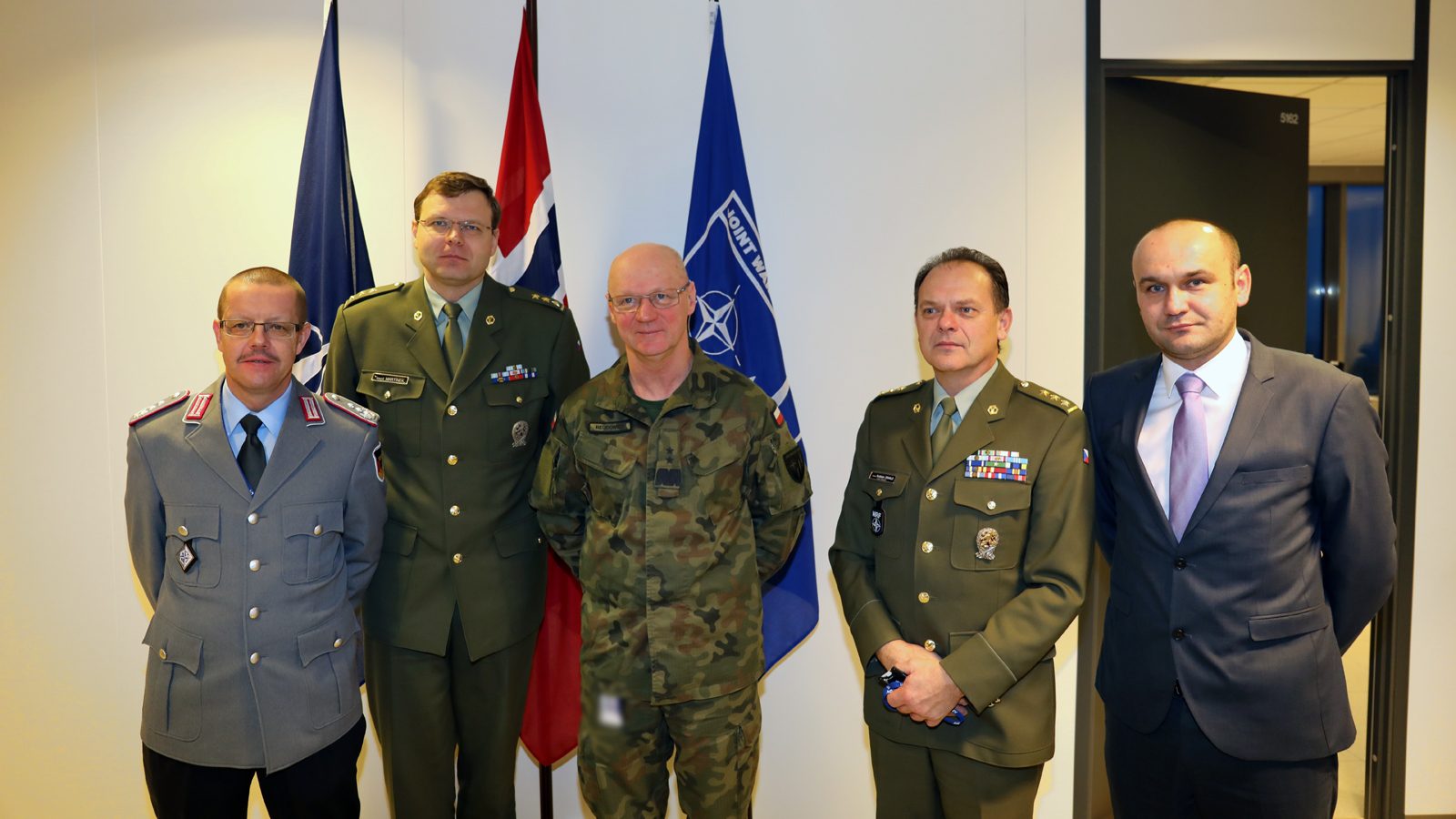 Director JCBRN Defence Centre of Excellence visits JWC