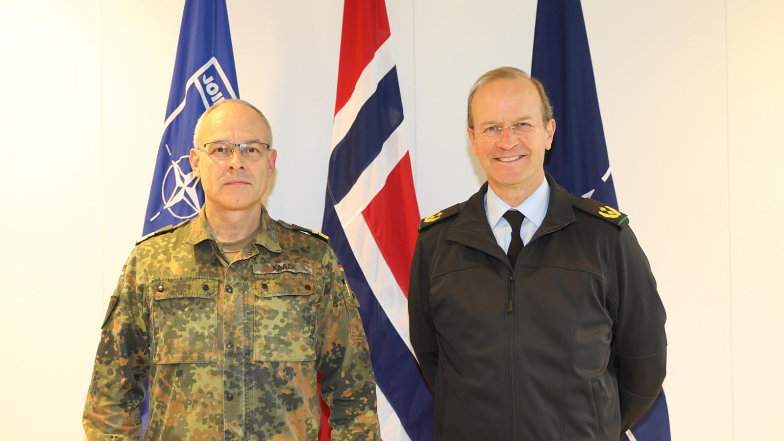 The Deputy Commander of Headquarters Eurocorps visits Joint Warfare Centre